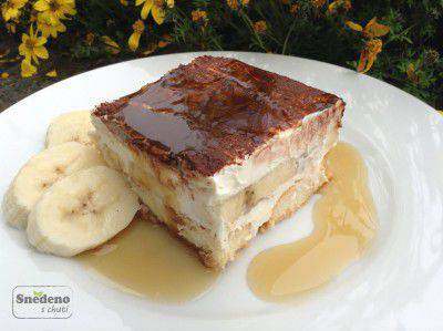 bananovy-dort-javorovy-sirup